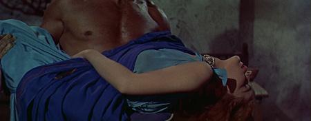 gladiator-sex-movie-ladies-licking-ass
